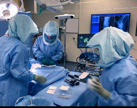 Robot revolution for knee replacement patients